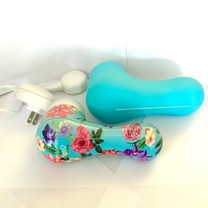 Clarisonic Mia 2 (with magnetic charger and case)